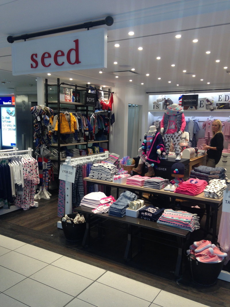 shopping at sydney domestic airport